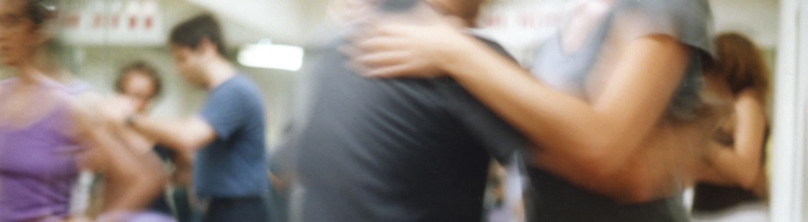 Menschen im Paartanz