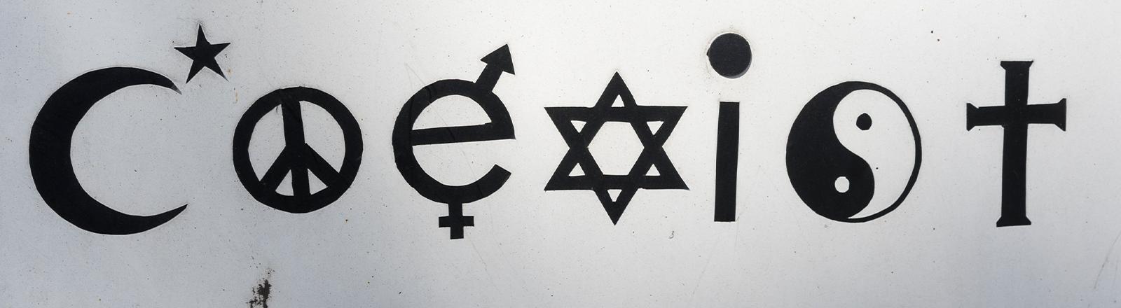 """Ein """"Coexist""""-Schriftzug in Bielefeld"""