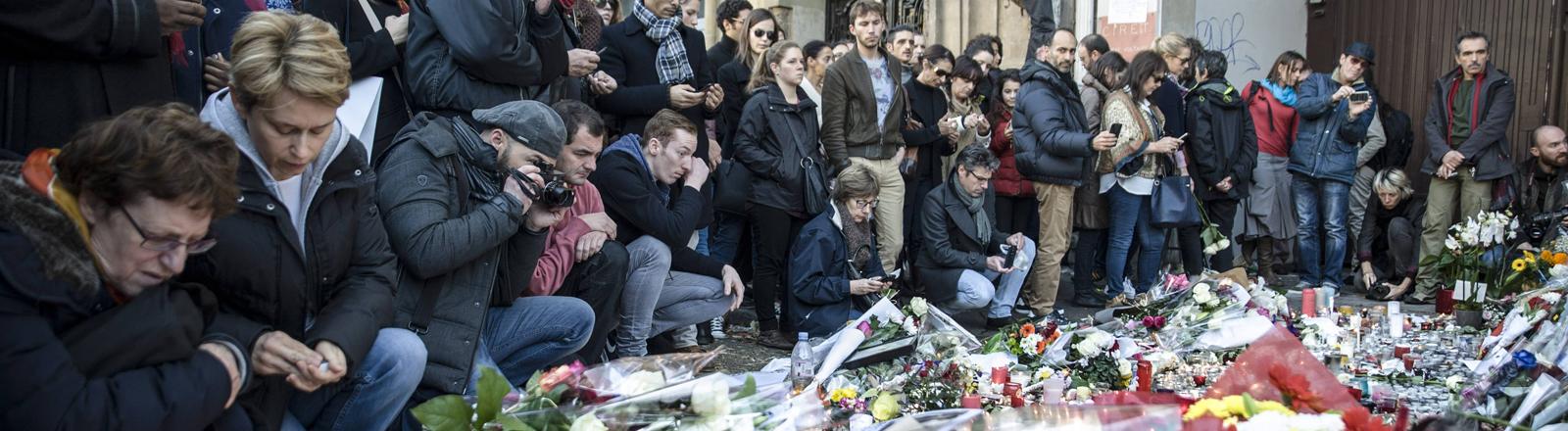 Trauer in Paris nach den Anschlägen