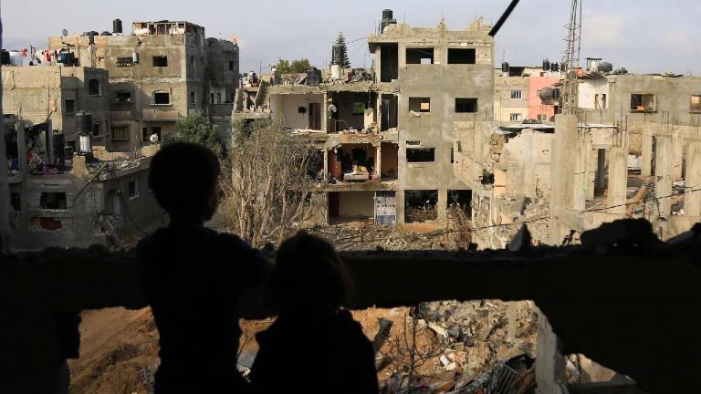 Gaza-Streifen: Palästinenser kehren in ihre Häuser zurück. Sie sind zerstört durch Bombenangriffe.