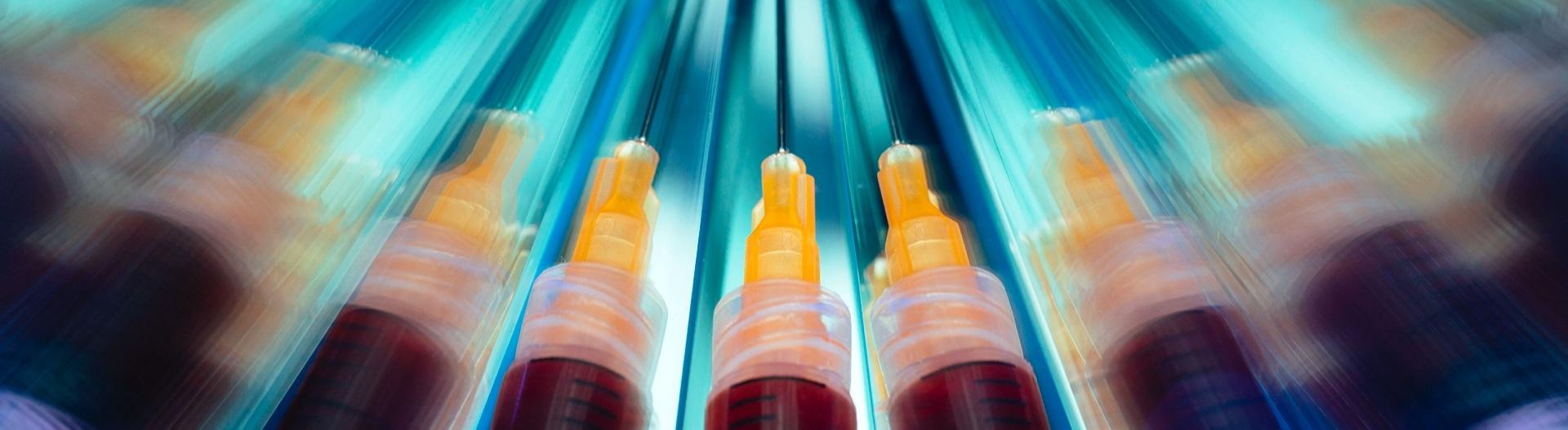 Spritzen mit einem Impfserum