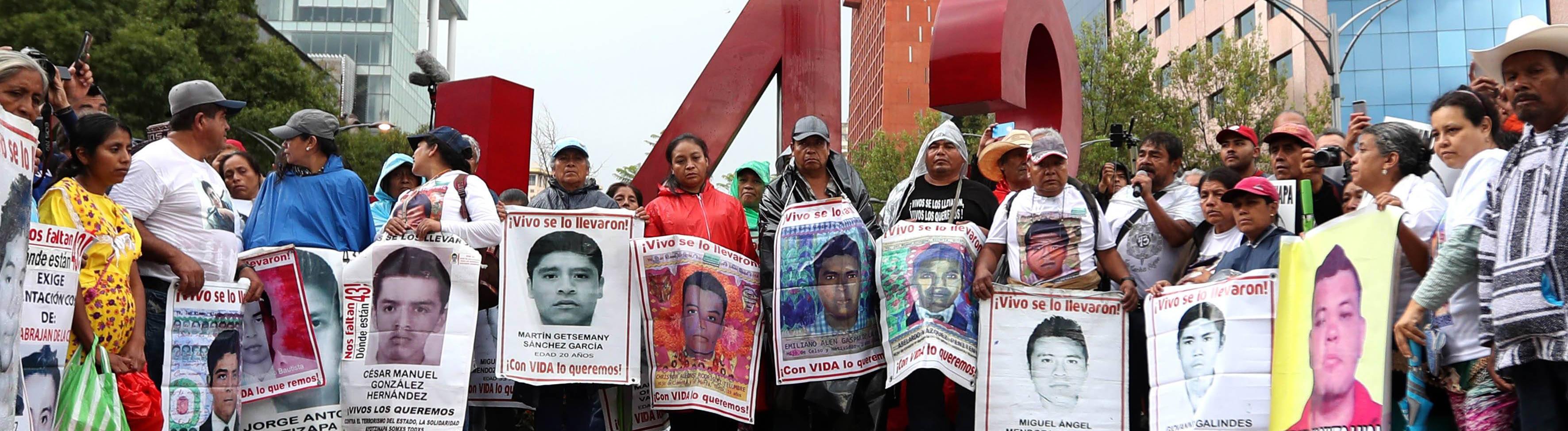43 Studenten seit drei Jahren verschwunden, Demo in Mexiko-Stadt September 26, 2018