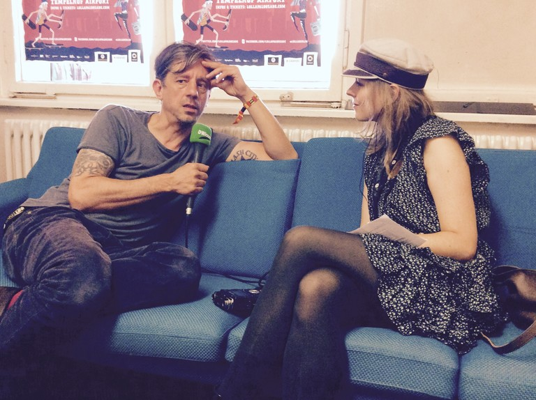 Raffaela Jungbauer mit Thomas von den Beatsteaks