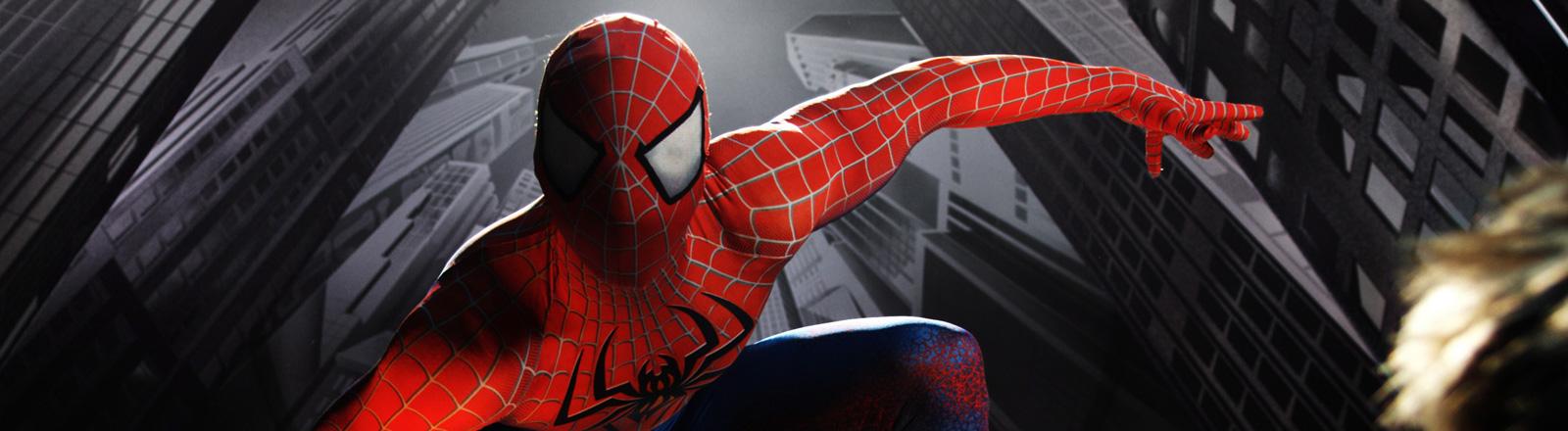 Spiderman vor New York Kulisse