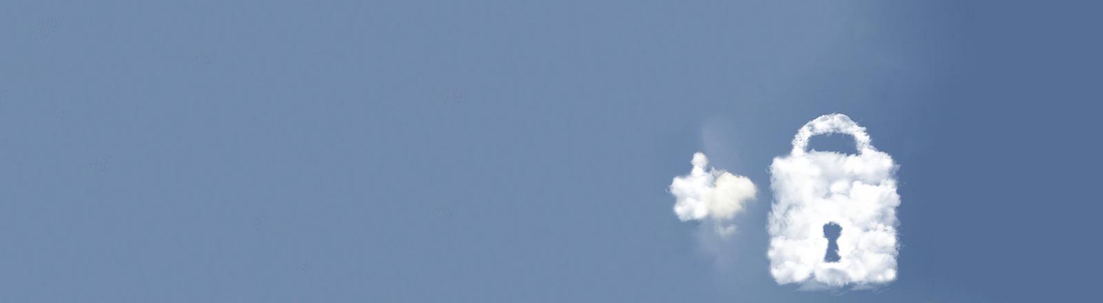 Symbolbild Datencloud - Wolken als Vorhänge-Schloß