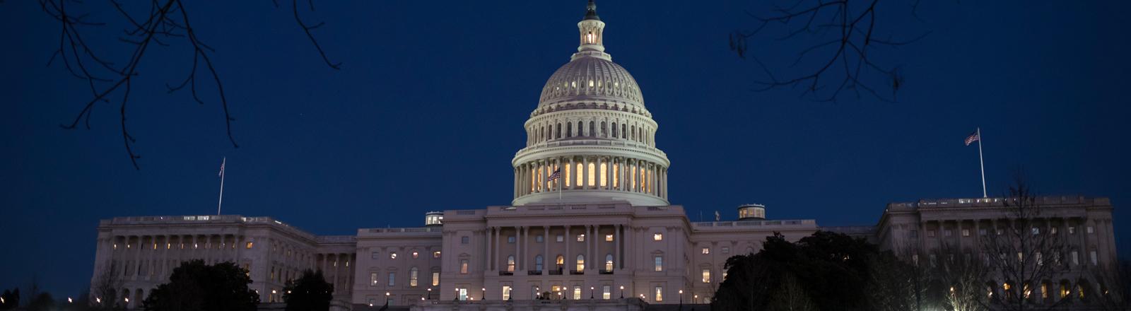 US-Kapitol bei Nacht