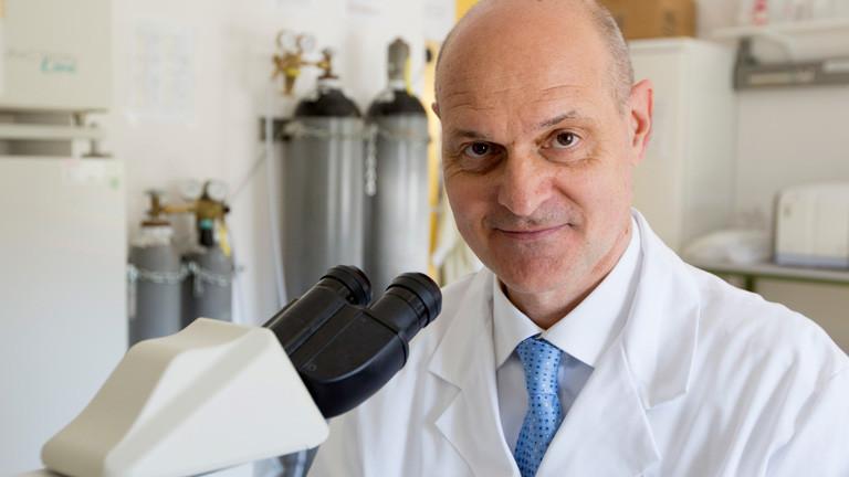 Der Tübinger Mediziner Peter Kremser hat den Impfstoff mitentwickelt.