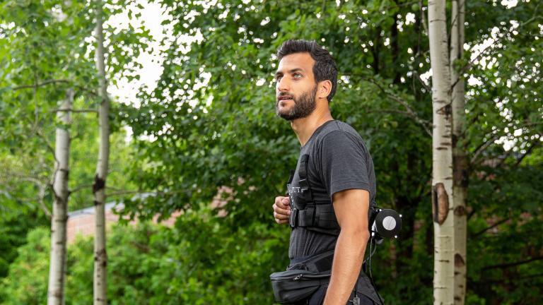 Exosuit hilft beim Laufen und Gehen