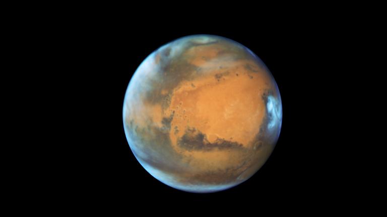 Der Mars, fotografiert durch das Hubble Weltraumteleskop am 12. Mai 2016. Das aufgenommene Bild zeigt die Auswirkungen der Jahreszeiten auf dem Roten Planeten