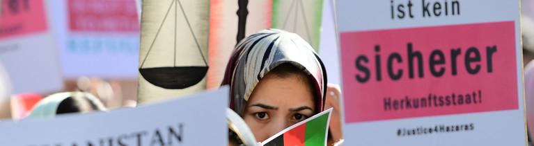 Protest gegen Afghanistan-Abkommen