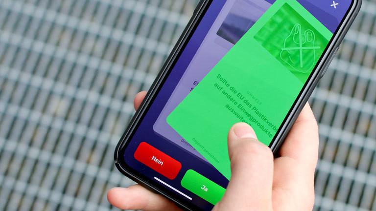 VoteSwiper-App; Bild darf nur in Verbindung mit Nachricht benutzt werden!