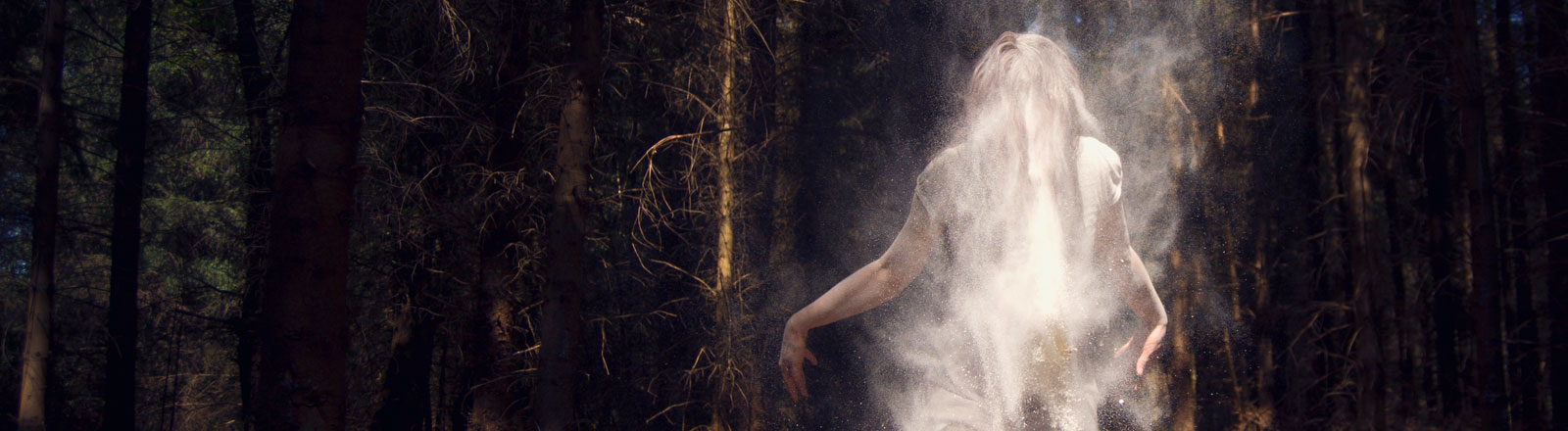 Ein Geist im Wald.