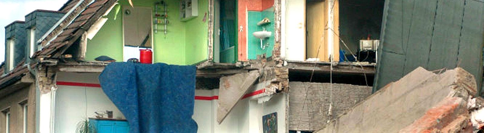 In Köln ist am Dienstag (03.03.2009) das historische Stadtarchiv eingestürzt.