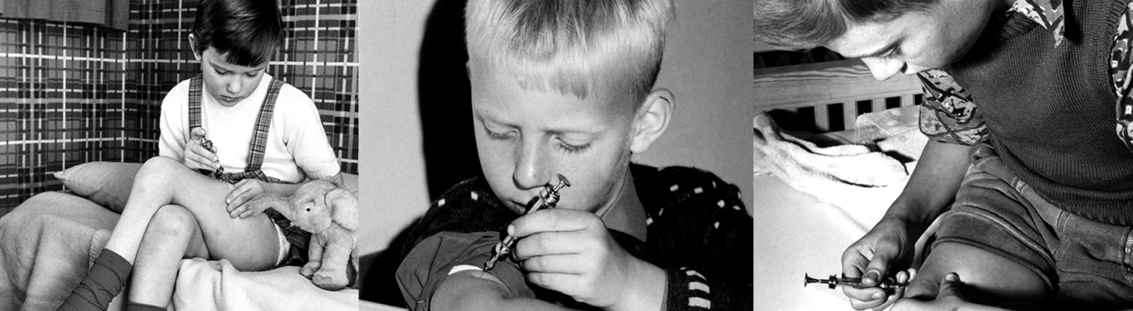 Zwei Jungen spritzen sich Insulin.