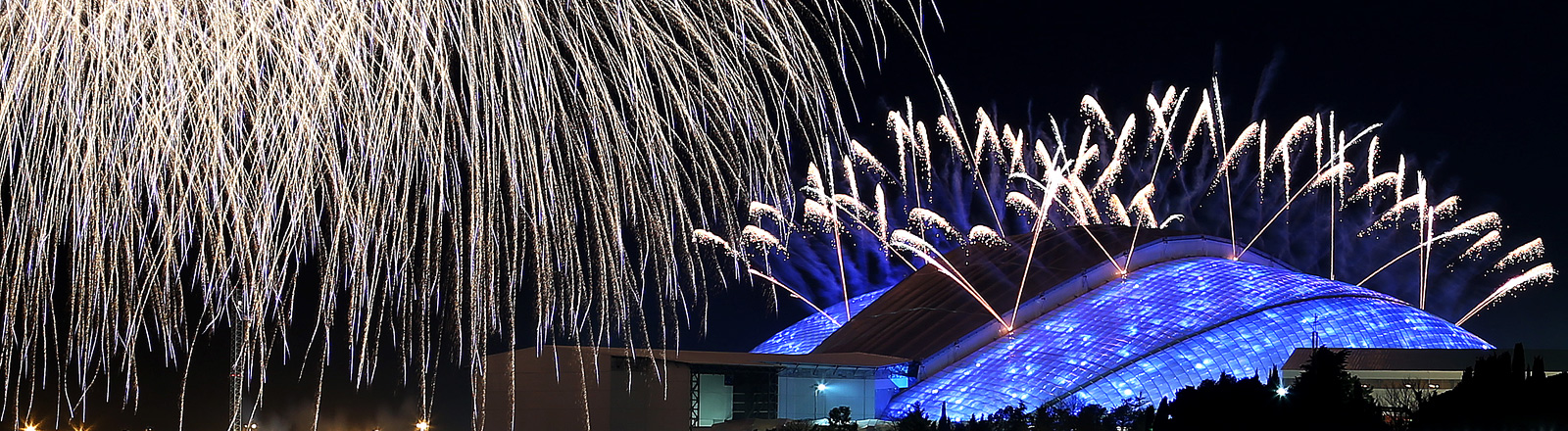 Stadium erleuchtet in Sochi