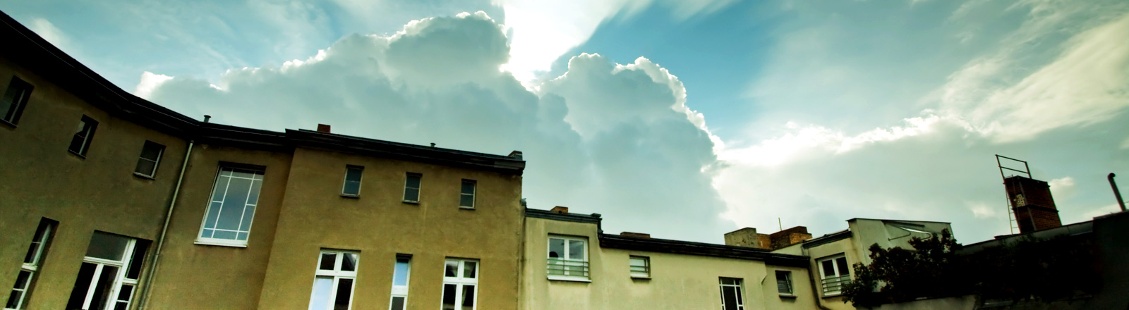 Wohnungen mit Himmel