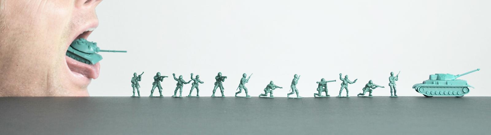 Spielzeugsoldaten und Panzer