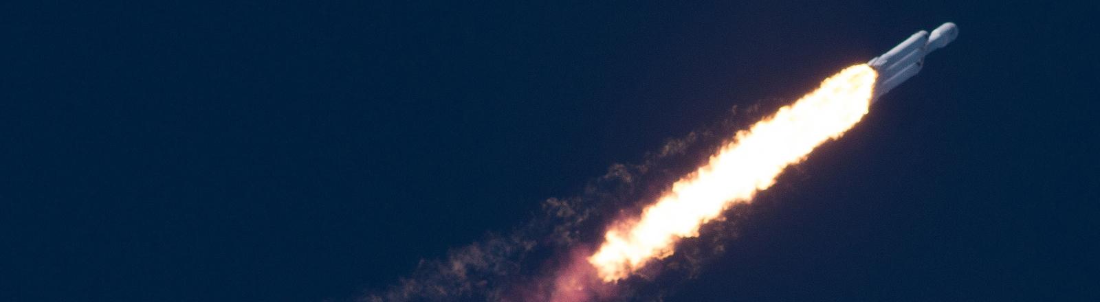 Falcon Heavy, Rakete von Elon Musk