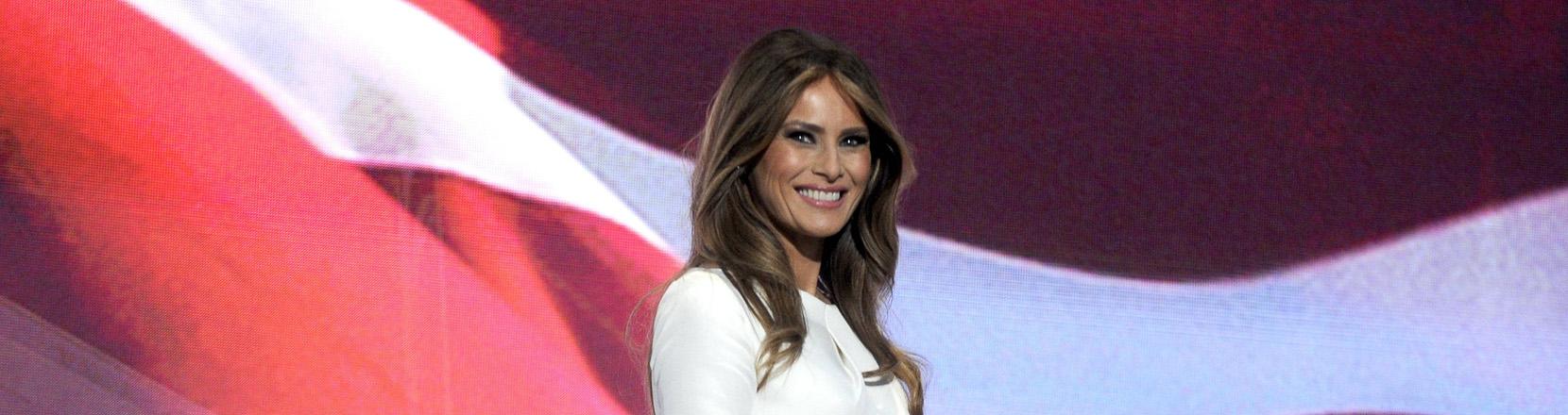 Melania Trump bei einem Wahlkampfauftritt ihres Mannes