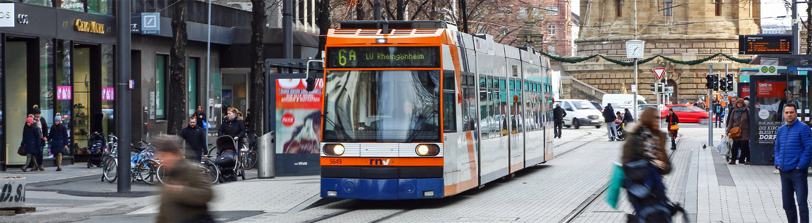 Straßenbahn in der Mannheimer Innenstadt