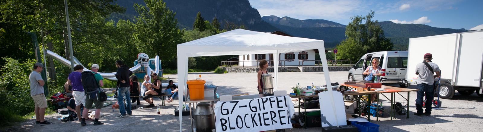 Protestcamp bei Schloss Elmau
