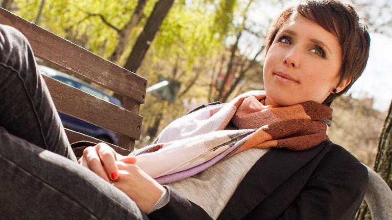 Gina Schöler ist selbsternannte Glücksministerin und Kommunikationsdesignerin.