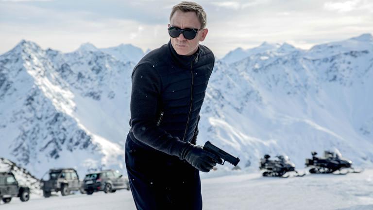 Daniel Craig als James Bond in einer Szene des neuen 007-Agententhrillers «Spectre» (undatierte Aufnahme). Der 24. Bond-Film feiert am 26.10.2015 Premiere in London.
