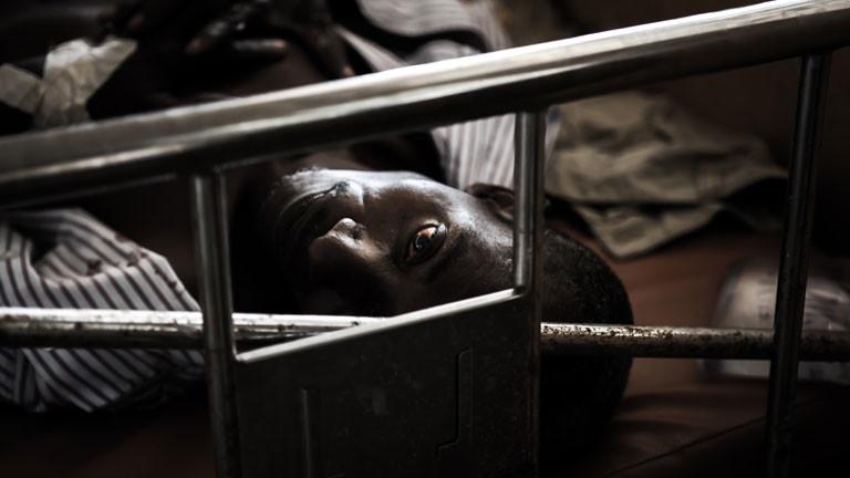 Der Ebola-Virus hat in Sierra Leone viele Tote gefordert.