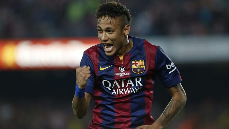 Profifußballer Neymar wechselt vom FC Barcelona zu Paris Saint Germain.