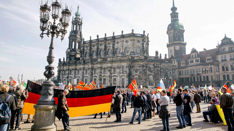 Pegida Kundgebung in Dresden 16. Oktober 2016