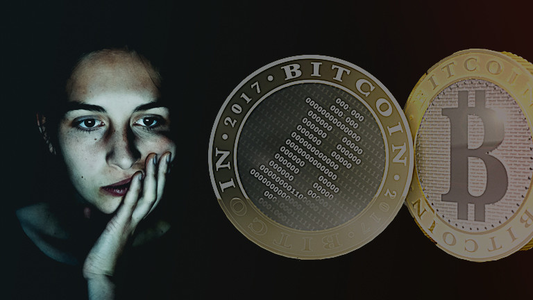 Collage: verzweifelte Frau und Bitcoins