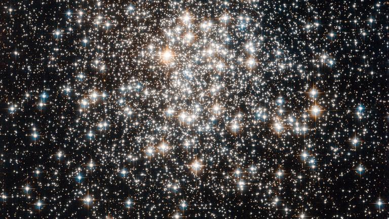 Kugelsternhaufen, der zur Milchstraße gehört