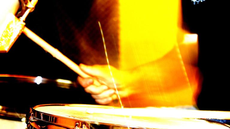 Ein Schlagzeuger