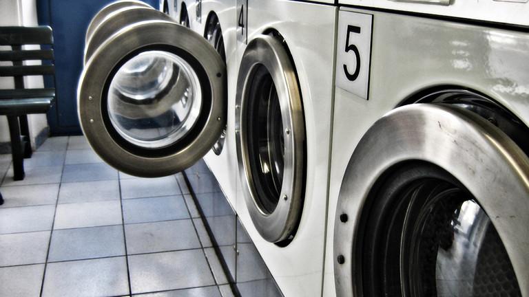 Nur mit 30 Grad? Auch im Waschsalon ist das ideal für Keime.