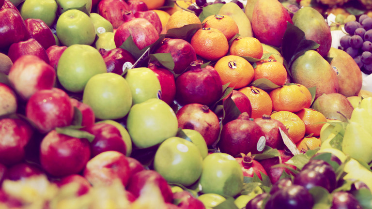 Im Winter kann der Apfel aus Neuseeland den Lagerapfel aus Deutschland schlagen - aber nur in der CO2-Bilanz.