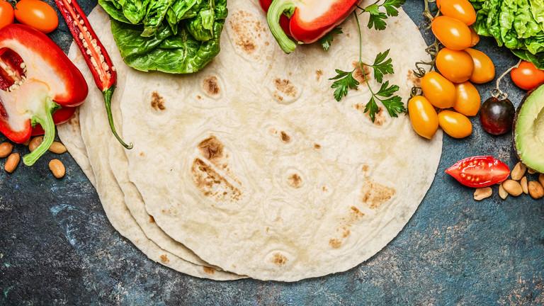 Tortilla und Gemüse
