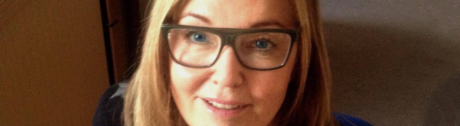 Birgit Meinecke lächelt in die Kamera