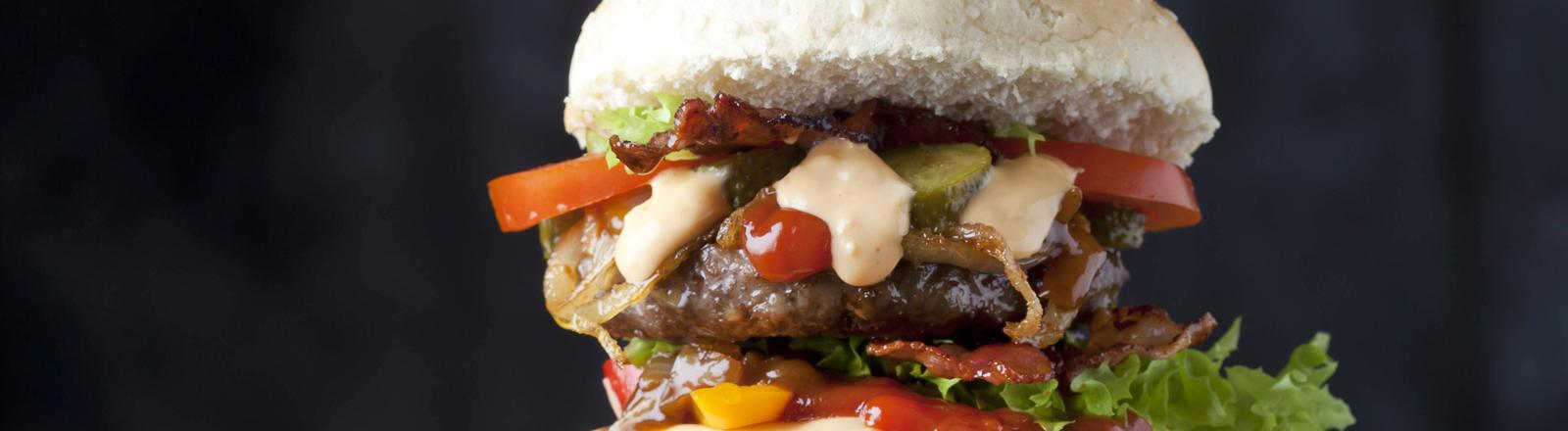 Ein riesiger Burger