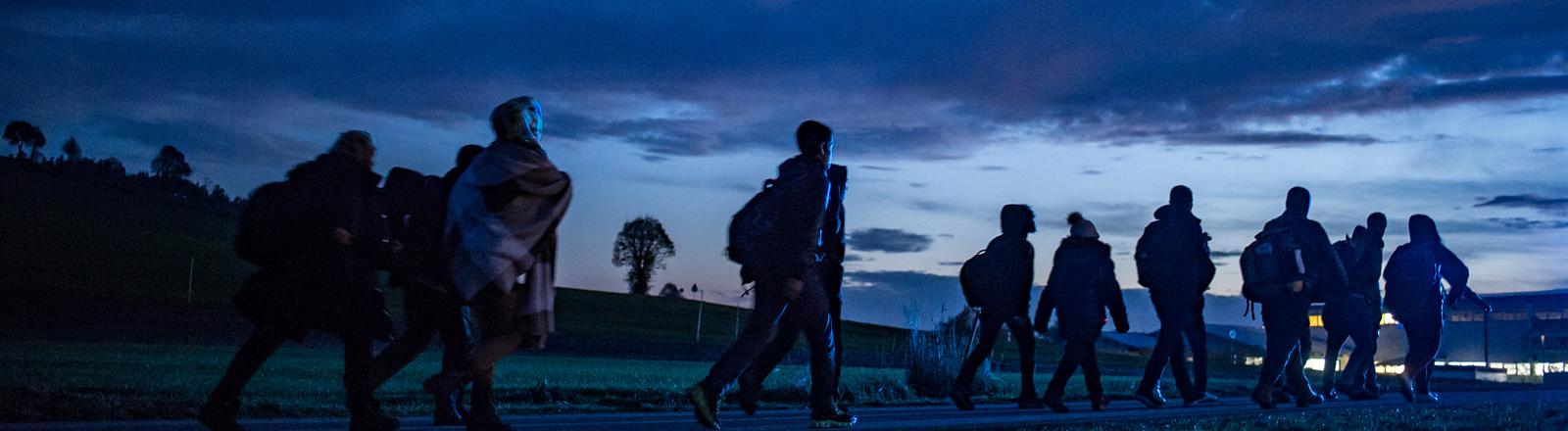 Flüchtlinge in der Nacht