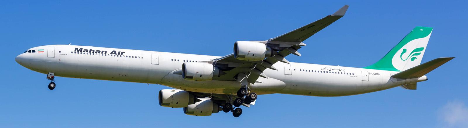 Ein Flugzeug der iranischen Airline Mahan