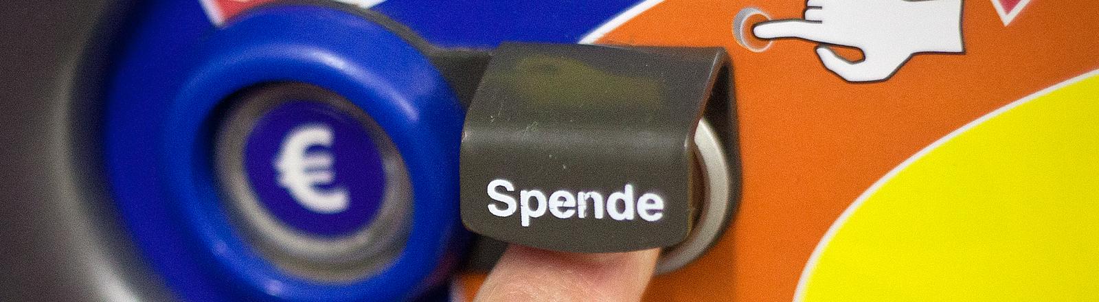 Ein Pfandautomat mit Spendenfunktion
