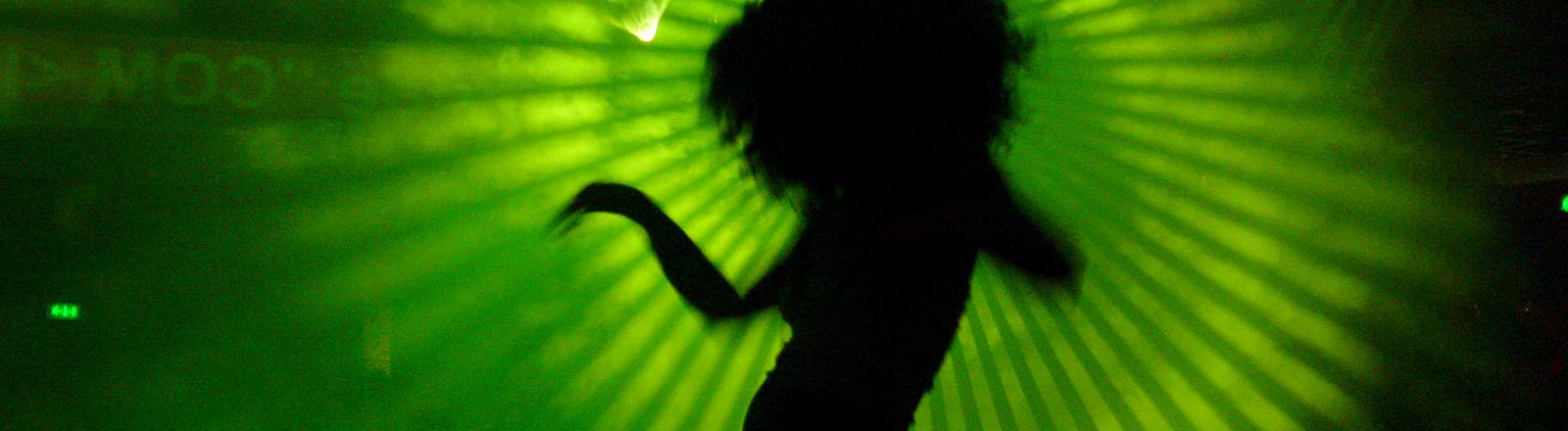 Tänzerin im Club