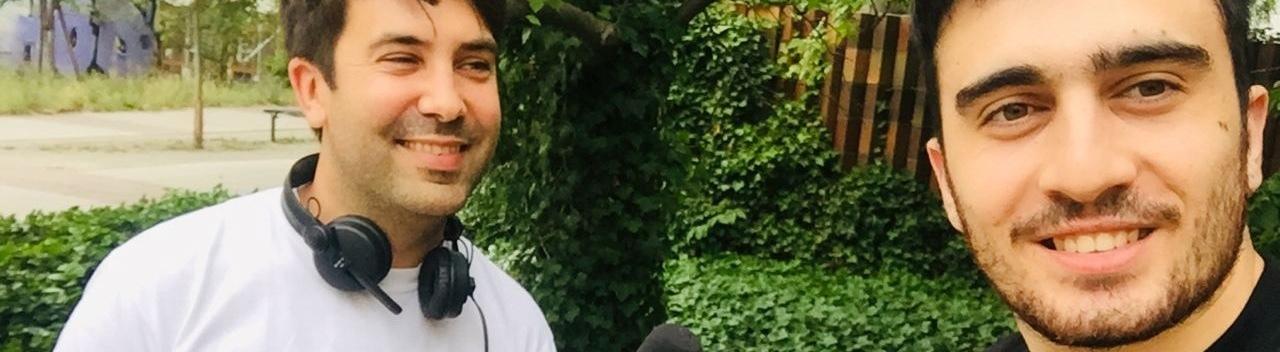 Reporter Robert Ackermann und Geflüchteter Anas Modamani