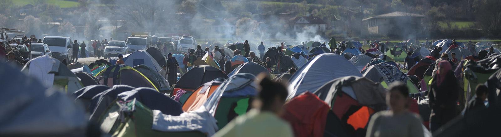 Ein Transitcamp 2016 an der griechischen Grenze