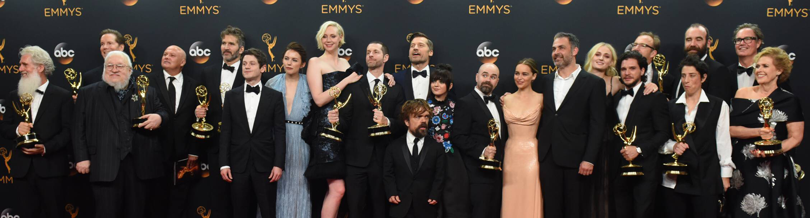 Der Cast von Game of Thrones bei den Emmy Awards 2016 auf dem Roten Teppich