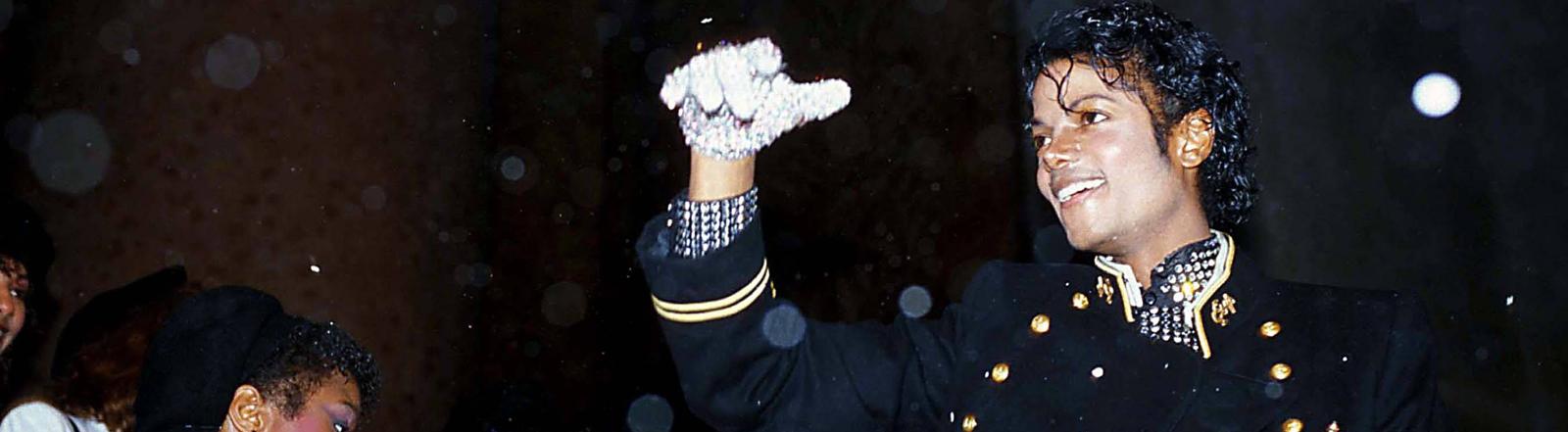 Michael Jackson bei einem Auftritt - undatierte Aufnahme