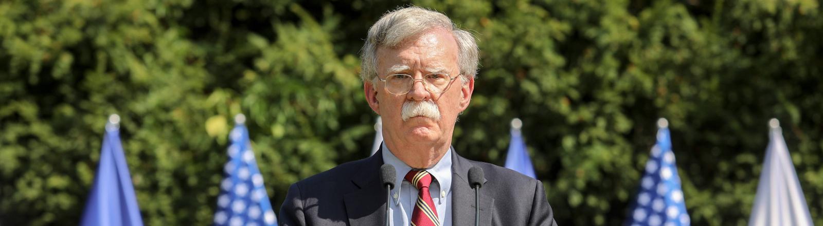 John R. Bolton bei einem Termin in Polen am 30. August 2019.