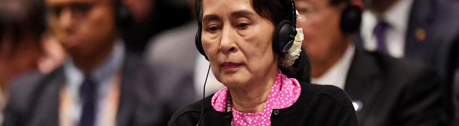 Aung San Suu Kyi nimmt an einem Treffen der ASEAN-Staaten (14.11.2018) teil.