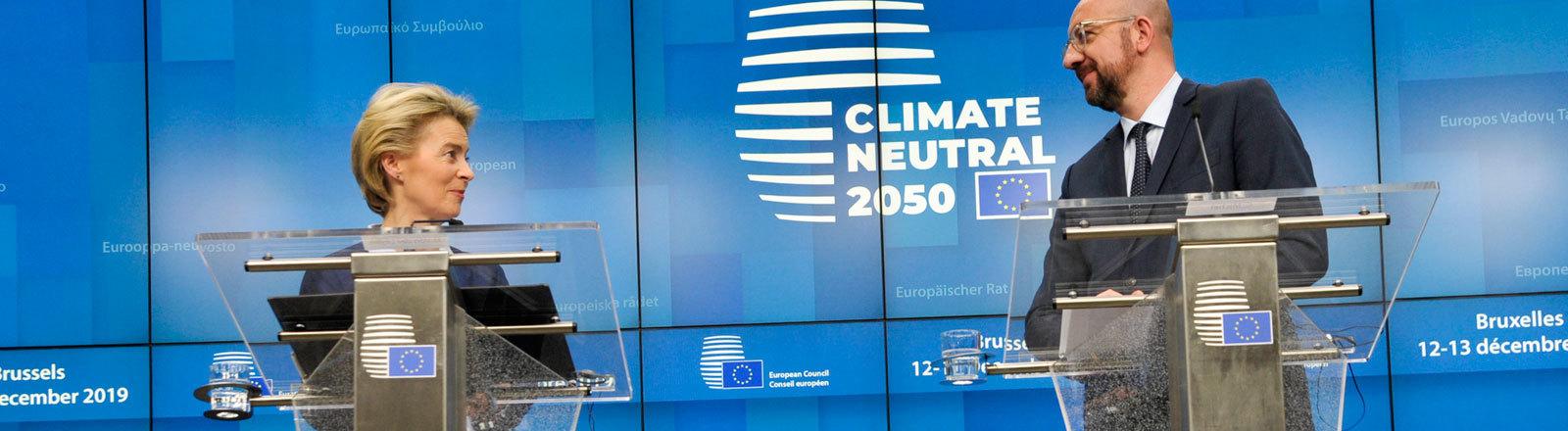 Charles Michel und Ursula von der Leyen bei einer Pressekonferenz vor dem EU-Gipfel (12.12.2019)