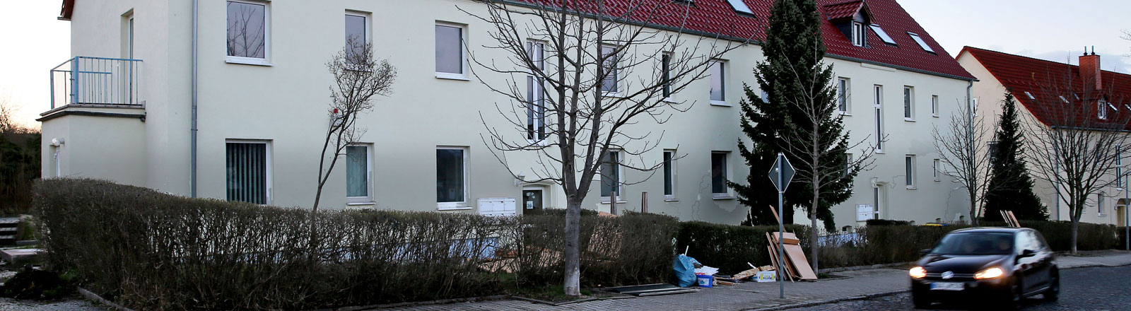 Das für Flüchtlinge vorgesehene Haus in Tröglitz (Sachsen-Anhalt), aufgenommen am 31.03.2015.